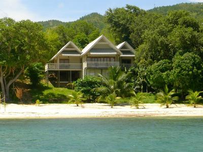 Villa Cartuja, Guanaja luxury villa in Bay Islands - Courtesy of d1nk2hj61npenc.cloudfront.net