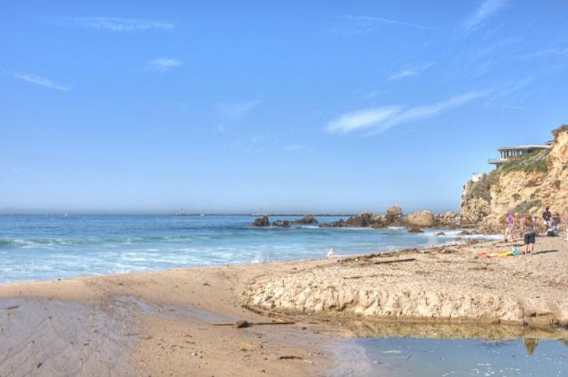 See things to do and vacation rental properties in Corona Del Mar California