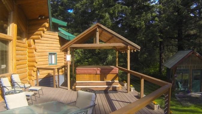 There is a 6-person hot tub on the large front deck.